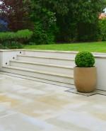 WLL-Rowdon-Road-topiary-detail
